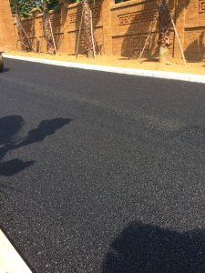 bề mặt asphalt sau lu