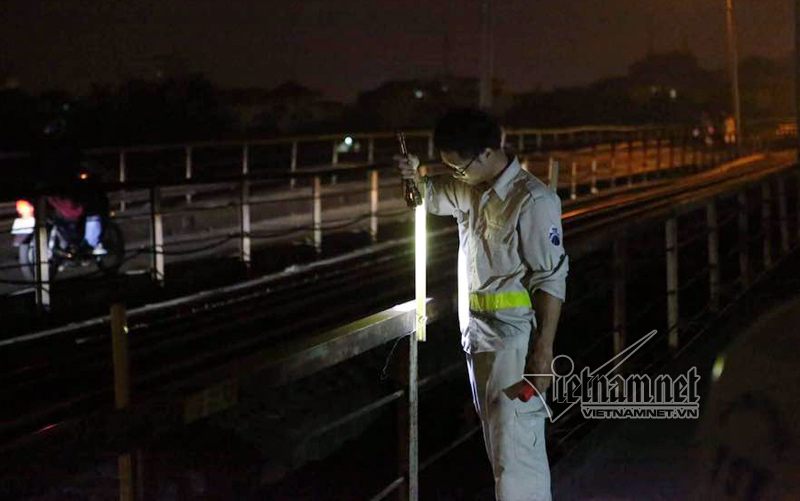 Giám sát kiểm tra trước khi thực hiện thảm bê tông nhựa