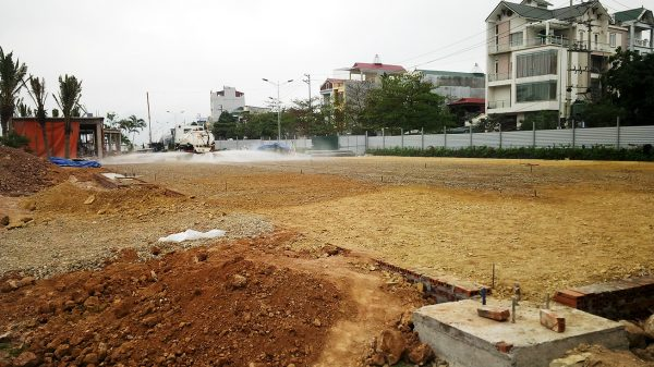 San lấp mặt bằng nền đường cho sân tennis
