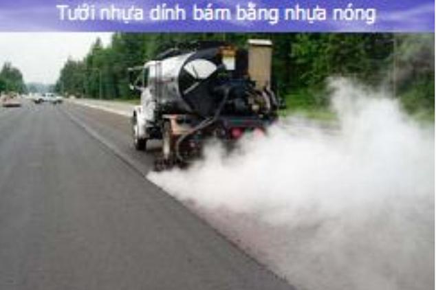 cong-tac-tuoi-dinh-bam-bang-nhua-nong